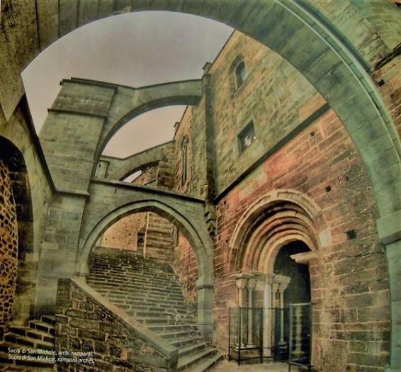 Sacra di San Michele - archi rampanti