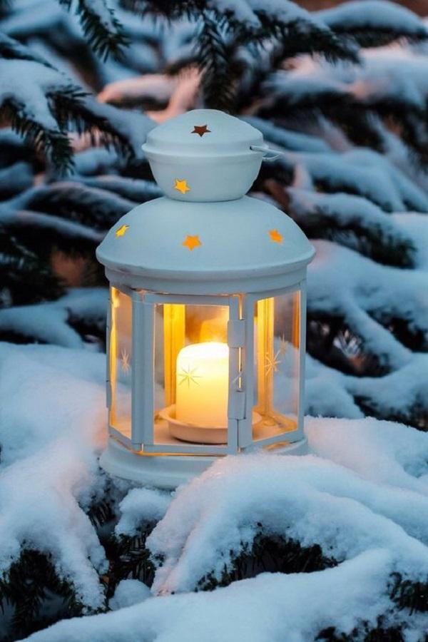 lanterna sulla neve